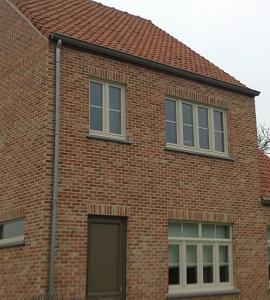 Voegwerken nieuwbouw + aanwerken dakpannen