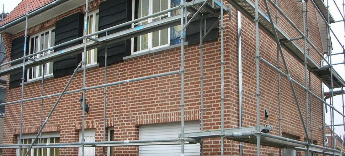 Renovatiewerken woning  (uitlijpen voegen-reiniging-heropvoegen)